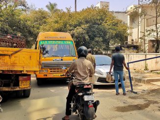 A truck and a car wrongly parked on the sides of a busy road blocking, blocking access to footpath and causing traffic pile up. Pic: Ekta Sawant